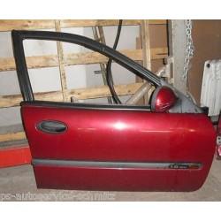 Tür vorne rechts Renault Laguna 1 Grandtour B56 K56 komplett NV783 rot